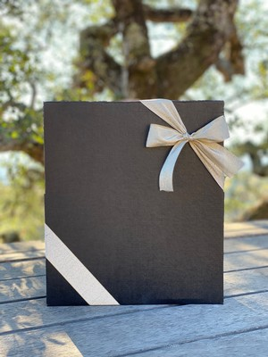 3 Bottle Holiday Gift Box